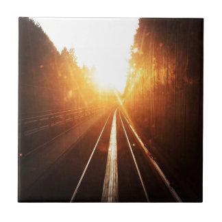 Sonnenuntergang-Zug-Bahnen Keramikfliese