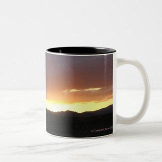 Sonnenuntergang Zweifarbige Tasse