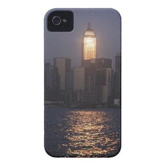 Sonnenuntergangreflexion auf zentraler Piazza Wan iPhone 4 Cover