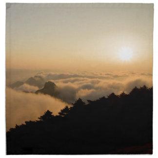 Sonnenuntergangszene in einem China-Huang-Berg Stoffserviette