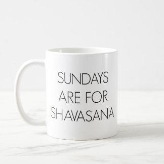 Sonntage sind für Shavasana Tasse