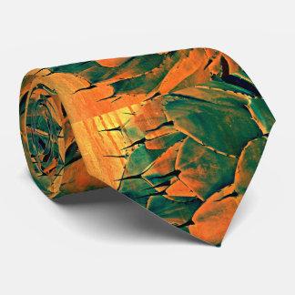 Sonoran Kaktus in der Krawatte der orange Männer