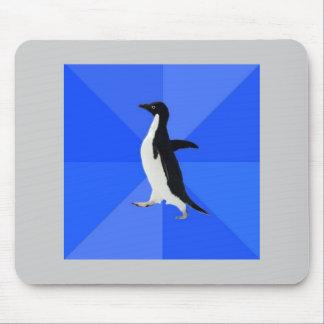 Sozial ungeschicktes Pinguin-Ratetier Meme Mousepads