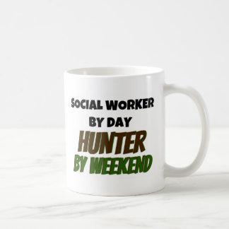 Sozialarbeiter durch Tagesjäger bis zum Wochenende Kaffeetasse