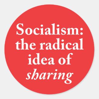 Sozialismus: die radikale Idee des Teilens des Runder Aufkleber