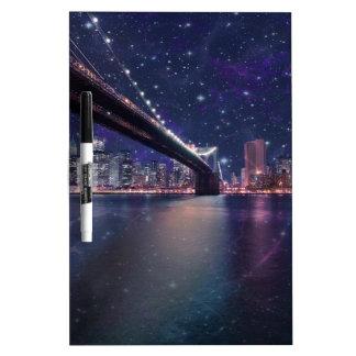 Spacey Manhattan Skyline Trockenlöschtafel