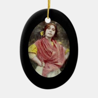 Spanische Sinti und Roma-Frau Keramik Ornament