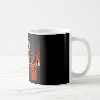 Spartanischer Jugend-Radio-Schmutz auf Kaffeetasse