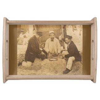 Spaß 1914 auf dem Strand in Deutschland RPPC Serviertablett