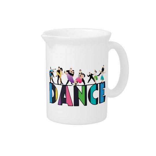 Spaß u. bunter gestreifter Tänzer-Tanz Krug