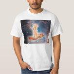 Speck-surfende Katze im Universum T Shirt