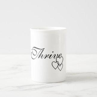 Spezialität kommen Kaffee-Tasse mit Herzen Porzellantasse