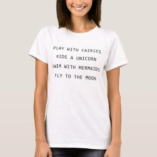 Spiel mit Feen reiten ein Einhorn-Schwimmen mit T-Shirt