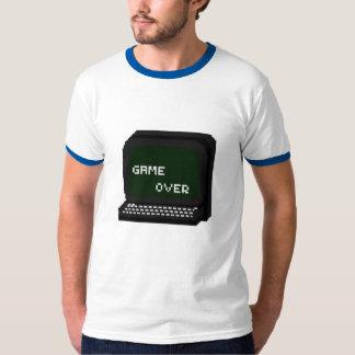 Spiel über T-Stück Hemden