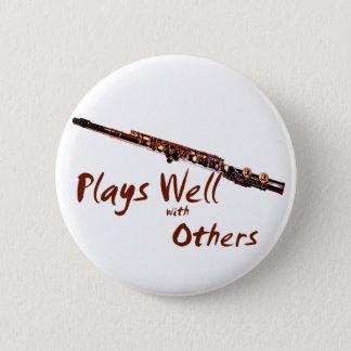 Spiele gut mit anderen/Flöte Runder Button 5,7 Cm