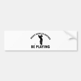 Spielen des Golfs Autoaufkleber