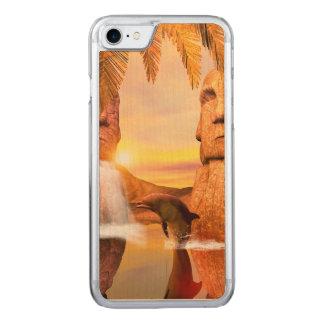 Spielen von dolhin im Sonnenuntergang Carved iPhone 8/7 Hülle