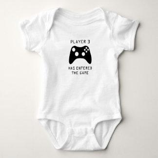 Spieler 3 hat das Spiel-Videospiel-Baby angemeldet Baby Strampler