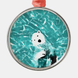 Spielerischer Eisbär im Türkis-Wasser-Entwurf Silbernes Ornament
