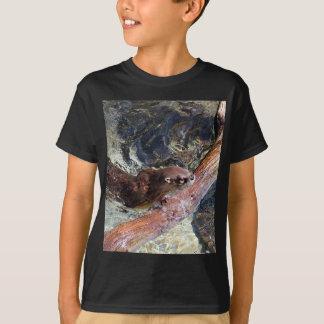 Spielerischer Otter T-Shirt