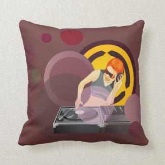Spinnendes Vinyl Damen-DJ auf Kissen