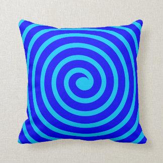 Spirale - Schatten des Blaus Kissen