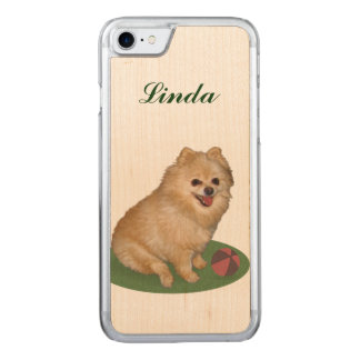 Spitz-Hund mit Ball-Namen Carved iPhone 8/7 Hülle