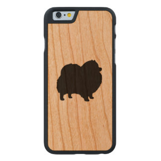 Spitz-Silhouette Carved® iPhone 6 Hülle Kirsche