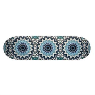 Spitze blaue Mandala Skateboardbrett