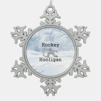 SPITZENHockey-Rowdy Schneeflocken Zinn-Ornament