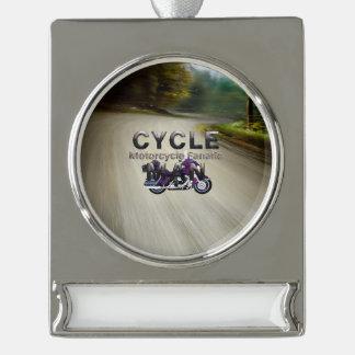 SPITZENmotorrad-Mann Banner-Ornament Silber