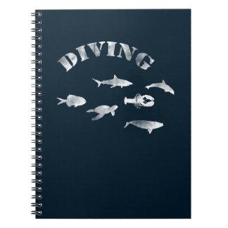 Sporttauchen, schwimmende Fische. Seeleben, Fisch Spiral Notizblock