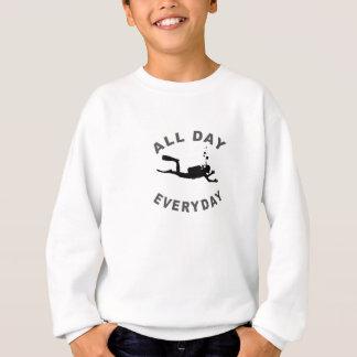 Sporttaucher den ganzen Tag tägliches R Sweatshirt