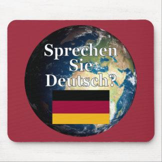 Sprechen Sie Deutsches? auf Deutsch. Flagge u. Mauspad