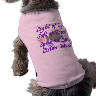 Sprechen Sie YE, das wenig viel hören Ärmelfreies Hunde-Shirt