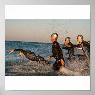 Springen Sie in Ozean Plakatdrucke