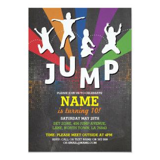 Springen Sie Trampoline-Geburtstags-Party-Jungen, 12,7 X 17,8 Cm Einladungskarte
