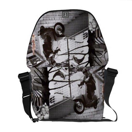 Springende Roller-Collage Kurier Taschen
