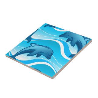 Springende Wellen des Delphins Fliese