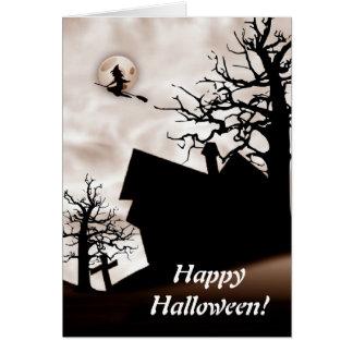 Spuk Haus Halloweens mit Hexe auf Besen Karte
