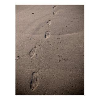 Spuren im Sand - Strandabdrücke Postkarte
