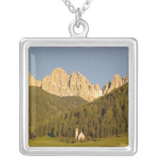 St. Giovanni, Val Di Funes, Dolomit, Italien Versilberte Kette