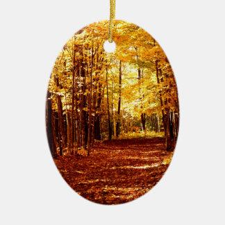 St- Josephinsel-Fall-Farben Ovales Keramik Ornament