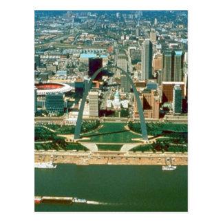 St. Louisbogen und -Skyline Postkarte