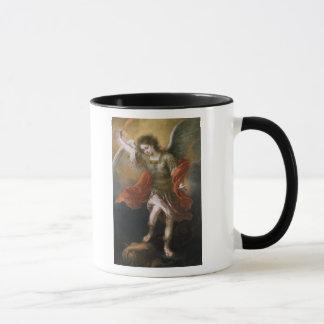 St Michael verbannt den Teufel zum Abgrund Tasse