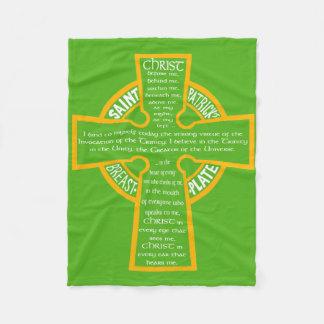 St Patrick Brustplatten-Decke Fleecedecke