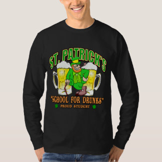 St Patrick Schule für Drunks T-Shirt