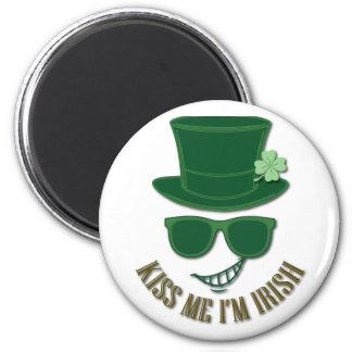 St Patrick Tag küssen mich, den ich irisch bin Runder Magnet 5,1 Cm