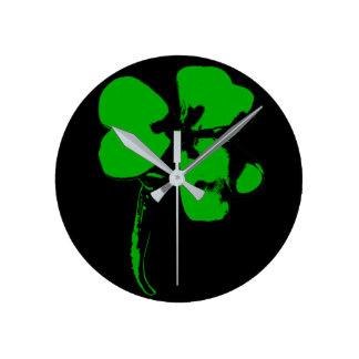 St Patrick Tagesgrün-Klee - Uhr