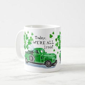 St Patrick Tagesgrün-Vintager LKW addieren Namen Kaffeetasse